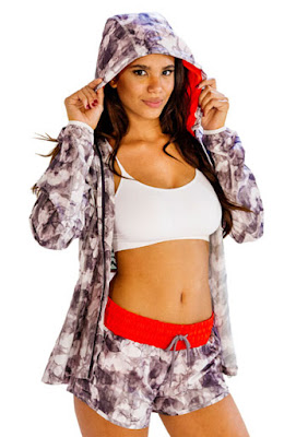 female fitness clothing