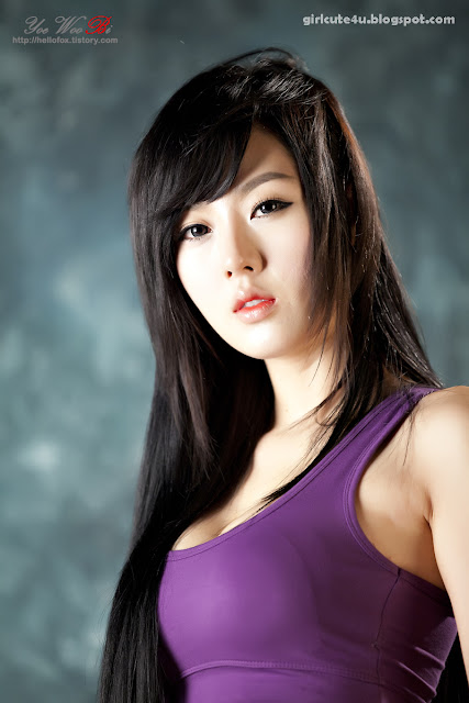 15 Hwang Mi Hee-Purple Sport Bra-very cute asian girl-girlcute4u.blogspot.com