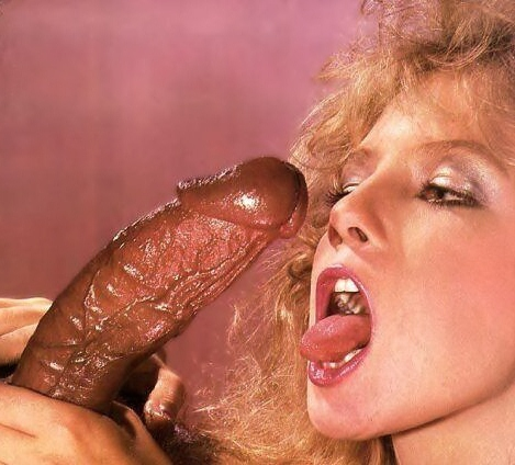 Traci Lords Facial 107