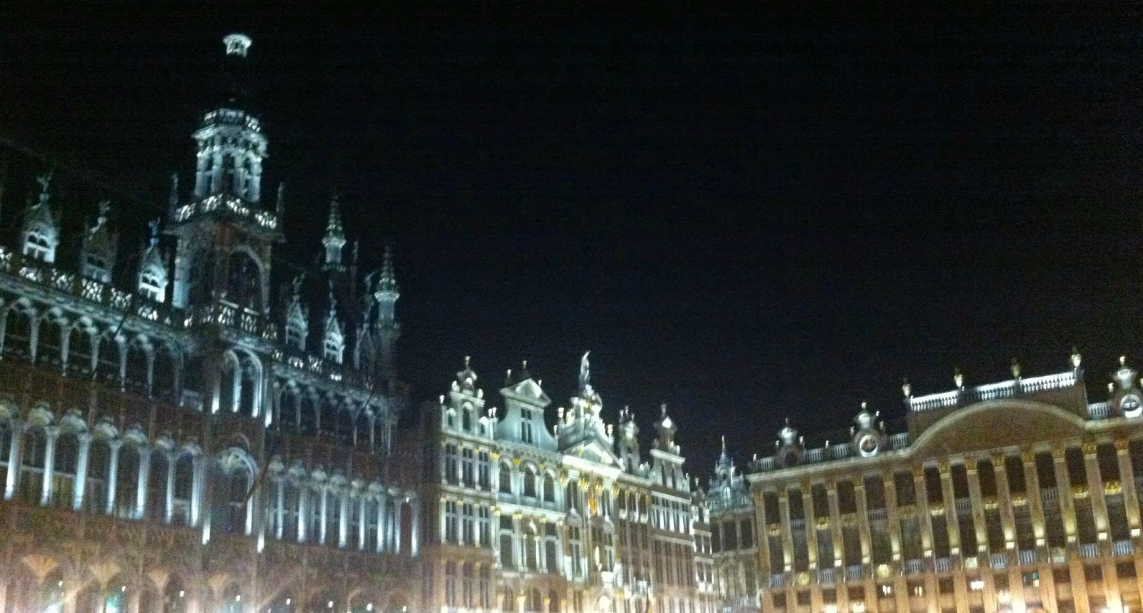 Bruxelles, Beglio, Grand Place, weekend in Europa, Capitale Europea, Bruxelles by night