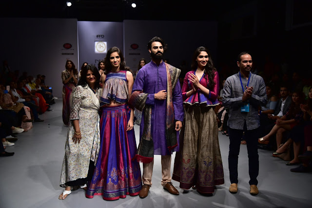 L-R Designer Poonam Dubey with models and Udyan Singh Founder -Banka Silk-