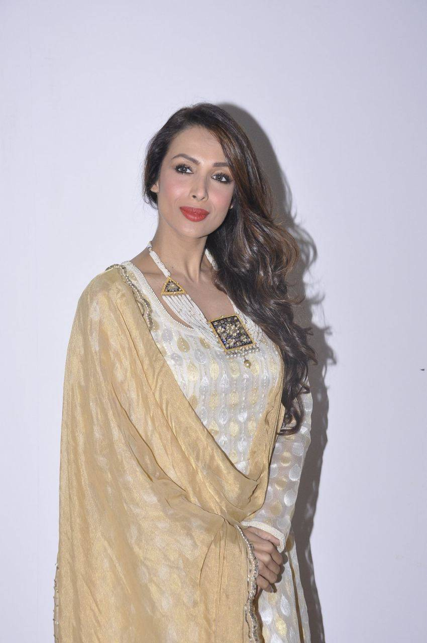 Malaika Arora Khan Stills In White Dress