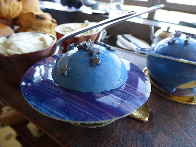 Themed London afternoon teas: Gravi-tea space-themed afternoon tea at Skylon, Southbank Centre, London