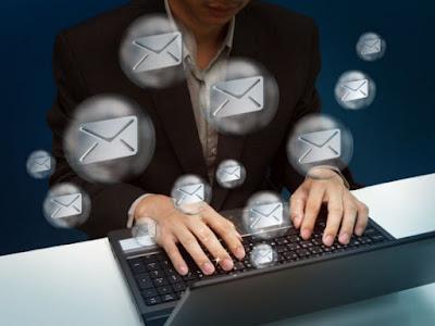 Mengirim Email lamaran pekerjaan