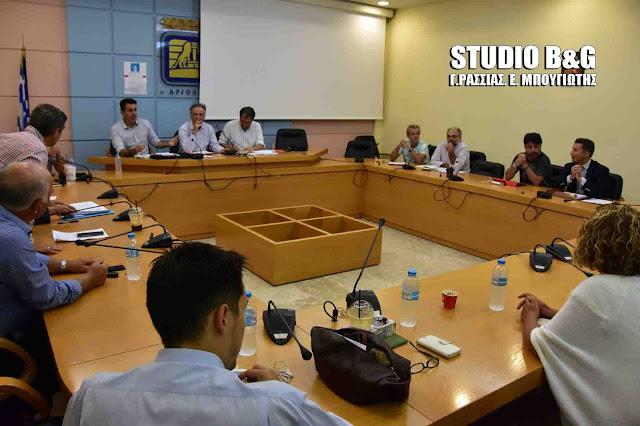 11 σύμβουλοι κατέθεσαν κείμενο για τον καθορισμό των συνεδριάσεων του Δημοτικού Συμβουλίου  Ναυπλιέων