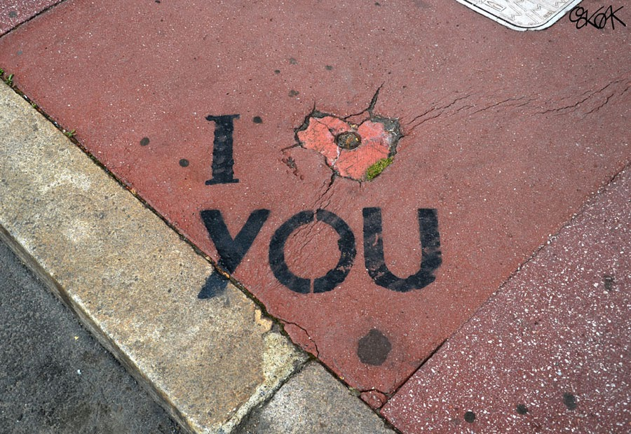 18-I-Love-You-OakOak-Street-Art-Drawing-in-the-City-www-designstack-co