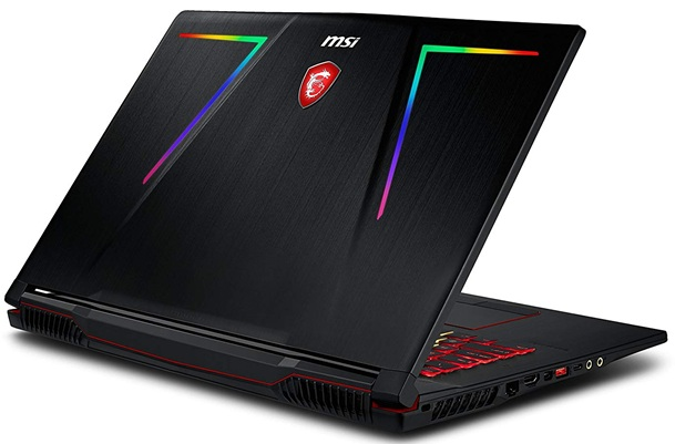 MSI GE73 Raider 8RF-029ES: panel Full HD de 17.3'' + gráfica GeForce GTX 1070 (8 GB)