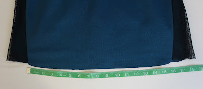 Dr. Pulaski TNG medical smock - bottom edge