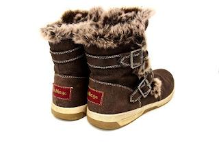 furry-brown-boots.jpeg