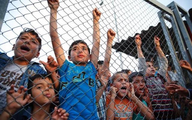 Ribuan Migran Anak-anak Suriah Dikecewakan Oleh Inggris dan Dibiarkan Jatuh ke Pedagang Manusia