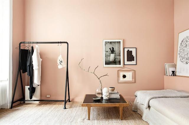 A nordic peachy apartment