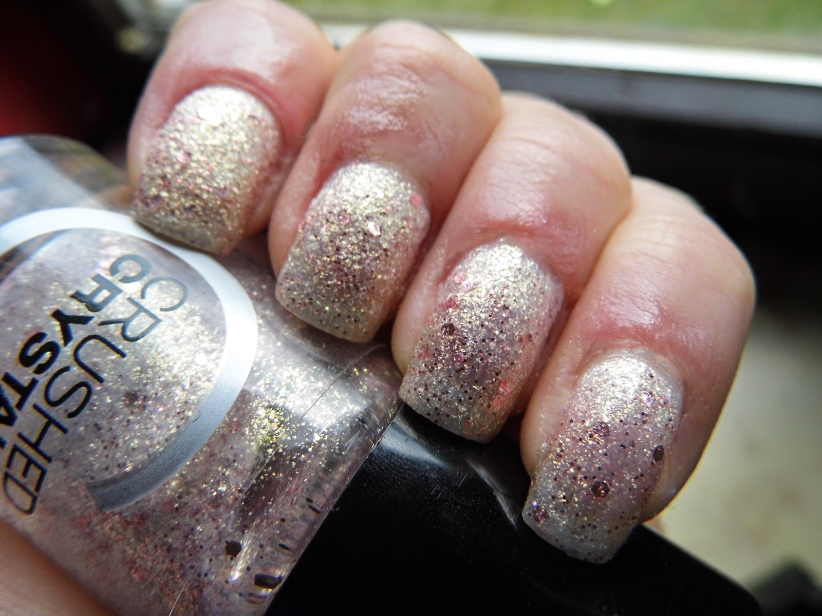 catrice-crushed-crystals-oyster-and-champagne-nail-polish-swatch-picture