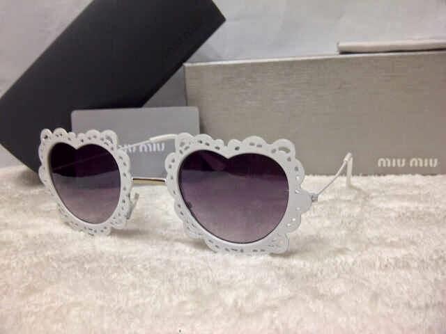 Kacamata Miu2 Love putih 18f06885e3
