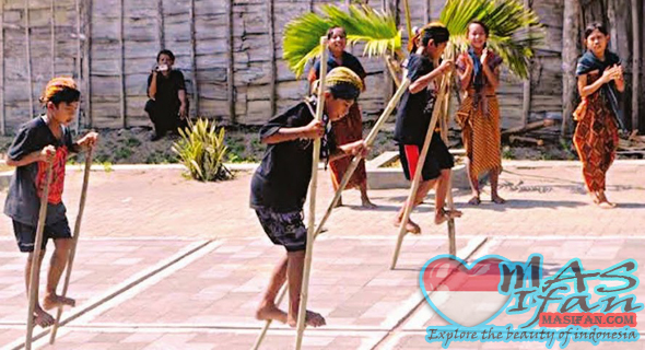 egrang traditional games as the form of character