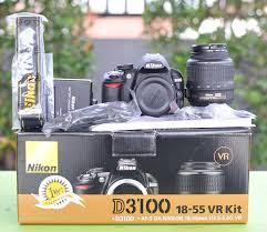 Perbedaan Kamera Nikon D3100 dan D3200