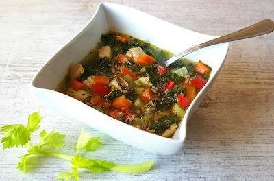 dietetyczna zupa z indykiem