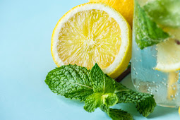 6 Infused Water Benefits for a Healthy and Refreshing Diet
