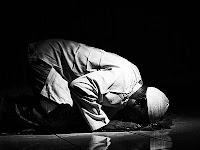 Tata Cara Shalat Hajat Beserta Doa dan Niatnya