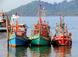 similans fishing boats