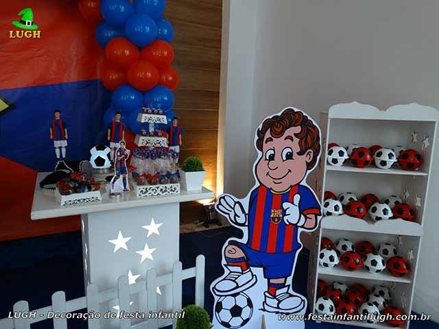 Ornamentação de mesa temática do Barcelona para aniversário infantil