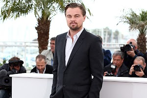 Who will fly into space c Leonardo DiCaprio for $ 1.5 million?
