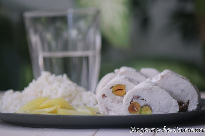 Rollo de Pollo con Pistachos en Microondas