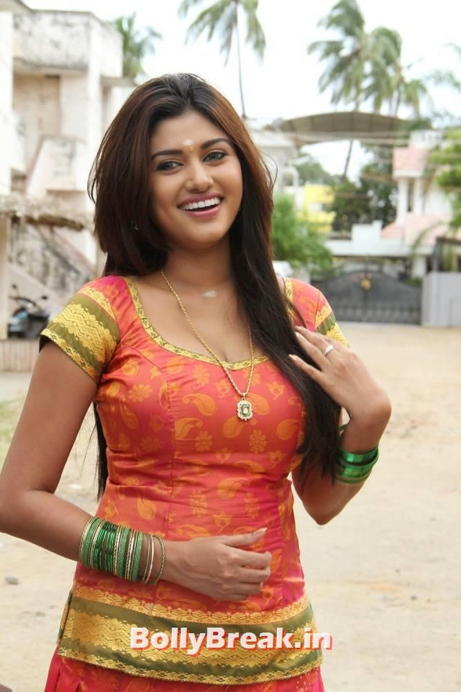 Akash Name Wallpaper In Hd Oviya Palluless Dress Photos 3 Pics