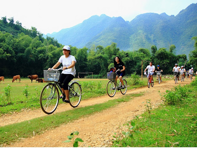 Family Tours in Mai Chau Great Family Holidays in Vietnam 5