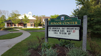 sign up for the Veterans Breakfast by calling the Senior Center