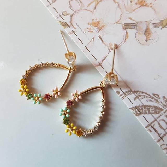 Dijual perhiasan imitasi impor trendy berkualitas KWANG EARRING, Toko Online Jakarta