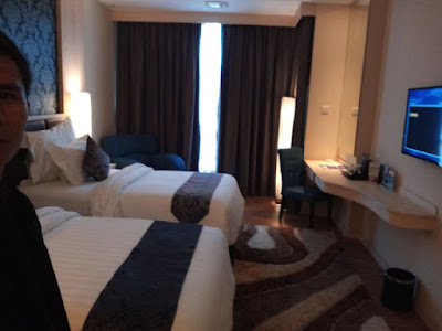 Kamar twin bed pada Aston Batam Hotel & Residence
