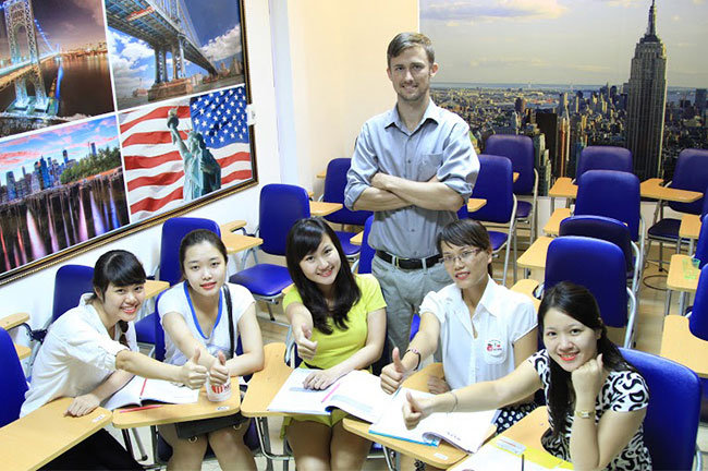Giáo viên tiếng Anh tại Anh ngữ Univer