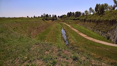 Palmanova: Moat on north side of city.