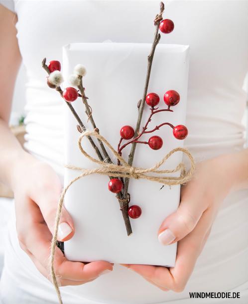 DIY Geschenkverpackung Ideen rot weiß