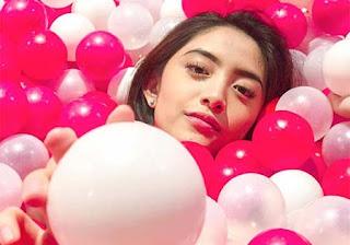 Natalie Zenn di Balon Balon