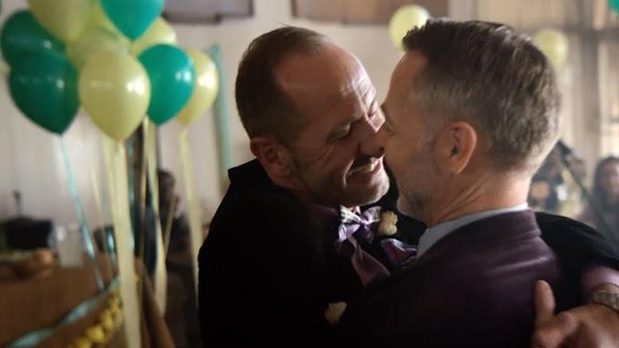 Em nova campanha Apple celebra legalização do casamento gay na Austrália