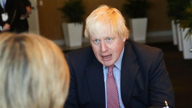 British Foreign Secretary Boris Johnson urges Suu Kyi to end violence against Rohingya Muslims