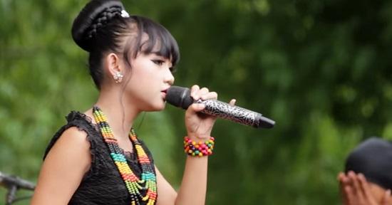 TANDA MERAH - OM. Adella ( Arneta Yulia ) Mp3 Dangdut Koplo