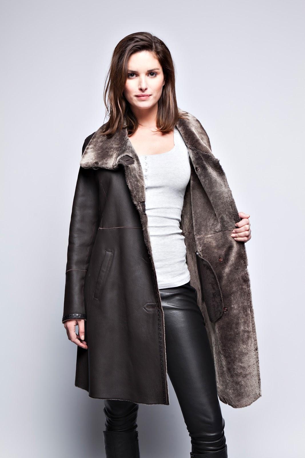 splendide peau lain e lia manteau fourrure. Black Bedroom Furniture Sets. Home Design Ideas
