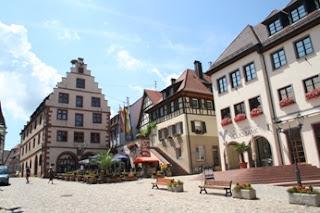 Endingen - Altes Rathaus und Patrizier-Häuser