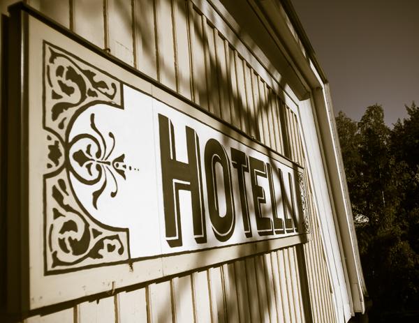 mäntyluodon hotelli kyltti
