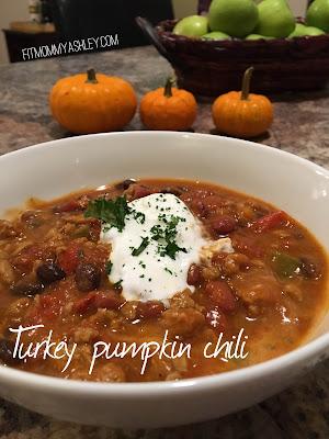 pumpkin, turkey, chili, clean, eating, healthy, ashley roberts, dinner, fall, autumn