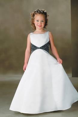ffd06ed79a Vestidos de fiesta para niñas de estilo y detalles especiales