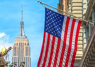 『楽天・全米株式インデックス・ファンド』『eMAXIS Slim 米国株式(S&P500)』特徴と運用実績を比較・評価