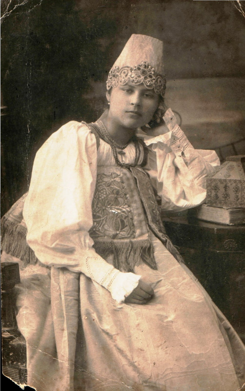 27 Rare Portrait Photos of Murom Women That Show Russian ...