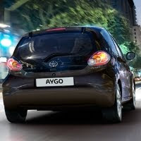 cellomom on cars: review of three mouseketeers: toyota aygo