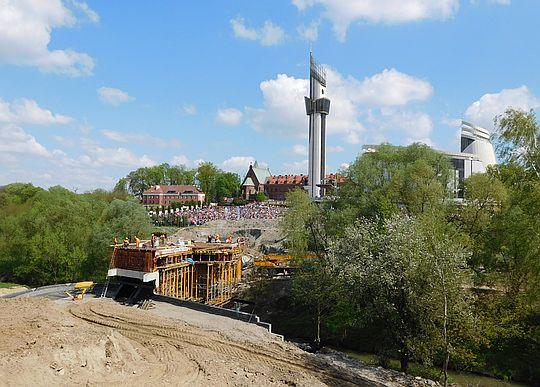 Budowa mostu nad Wilgą.