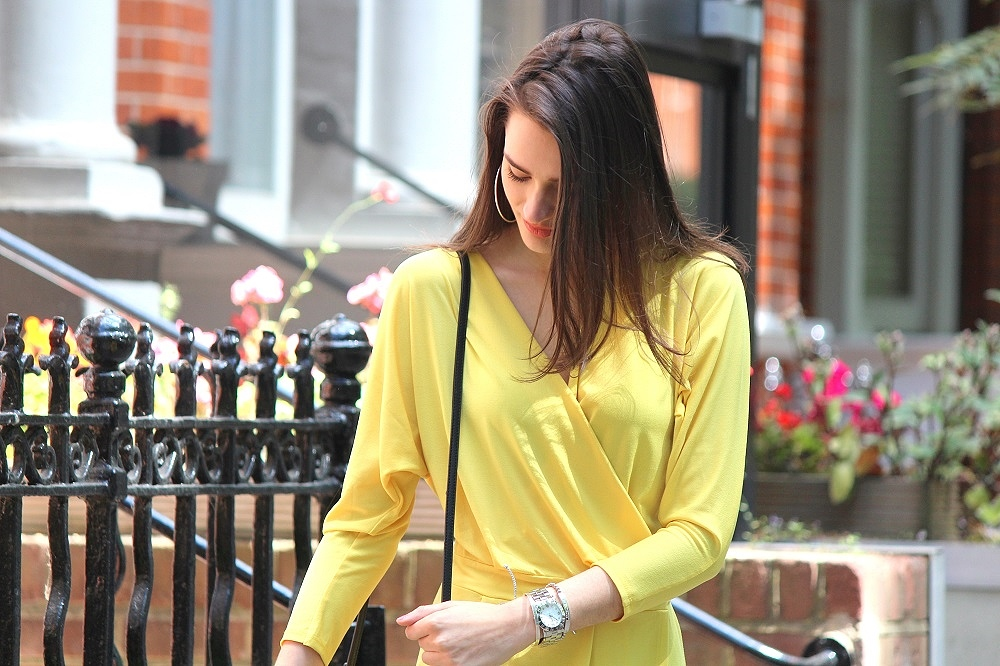 peexo-fashion-blogger-wearing-yellow-wrap-around-dress
