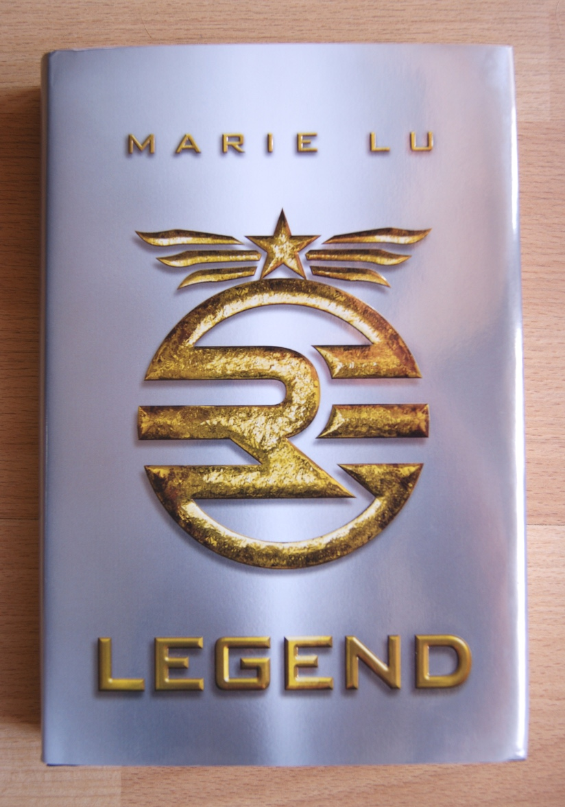 Sun/Salt + Letters: re·view : Legend by Marie Lu