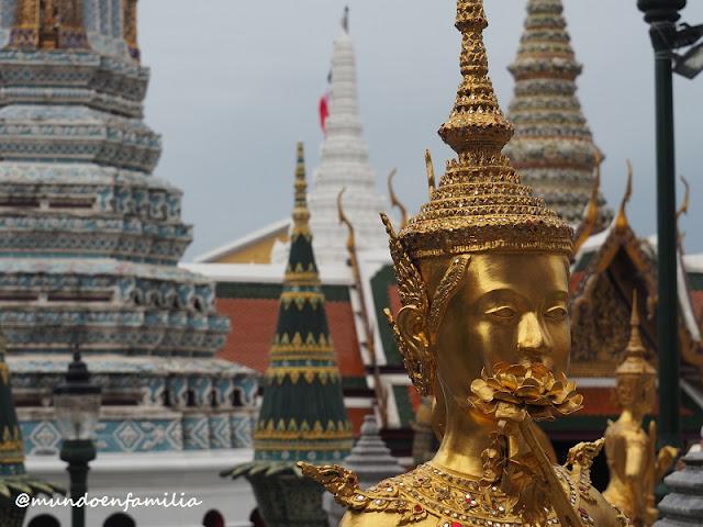 Wat Phra Kaew, Templo del Buddha Esmeralda (Bangkok)